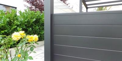 Sichtschutz für Terrassendach-Pulverbeschichtet